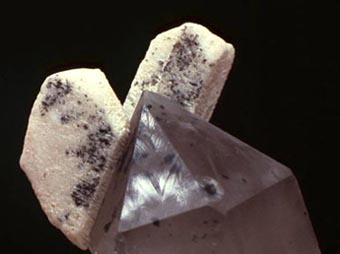 quartz and feldspar of Baveno typicals crystals